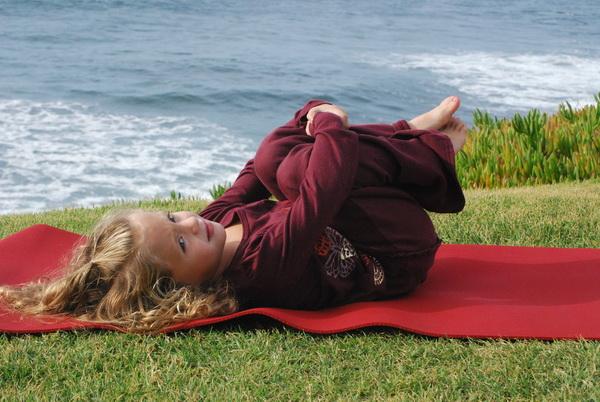 Йогата за деца помага при детски паралич, синдром на даун и др.