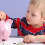 Как да възпитате в детето правилно отношение към парите?